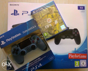 PlayStation 4 (PS4) 1000GB SLIM + 2 Dzojstika + FIFA17
