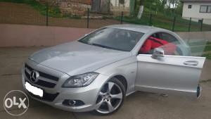 Mercedes Benz CLS 350  2011 god   4 MATIC