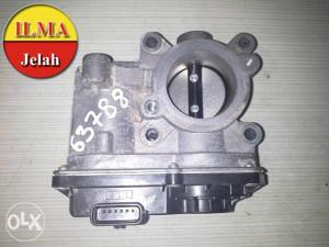 KLAPNA GASA 8200570865D CLIO 2011 1.2 16V ILMA