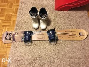 Snowboard daska i vezovi
