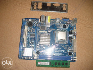 ASROcK G41-VS3 matična OK 775 soc - DDR3..