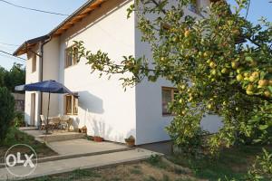 VOGOŠĆA BLAGOVAC _ kuća 180 m2