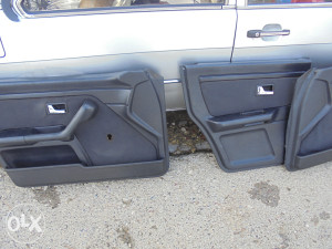 Audi 80 b-4 tapacirung tapacirunzi vrata dijelovi