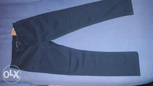Pantalone teranova 8-9 god.(br.128-134)