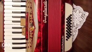 Harmonika 32 basa