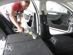 Usluga dubinskog pranja, poliranja automobila i poliranja farova