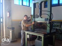 Izrada hidraulične mašine za lomljenje kamena