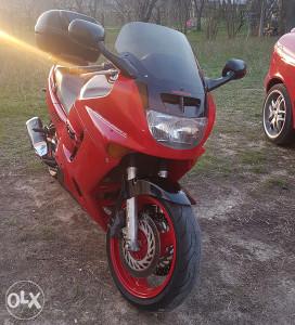 Honda cbr 1000 f tek registovan