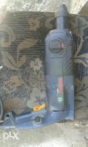 Bosch Hilti busilica 620W