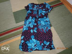Krasna H&M haljinica,broj 152/158.NOVA!