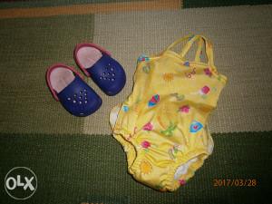 Kupaći kostim za bebu.Uzrast 2-10 mjeseci