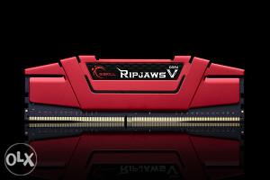 G.SKILL 8GB Ripjaws DDR4 3000MHz Novo!!!