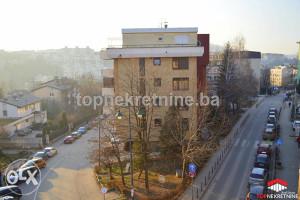 Stan 64 m2 pogodan za poslovni prostor, Čekaluša.