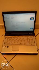 Laptop Toshiba satellite P200-13Q