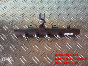 Rampa goriva Nissan Qashqai 1.5 DCI 2009. g