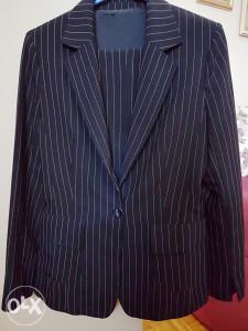 Žensko plavo odijelo