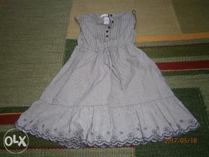 Krasna H&M haljinica,broj 98.Kao nova!