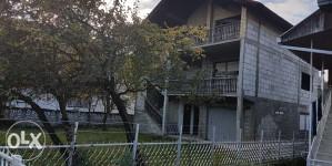 Kuća U Dubokom Potoku