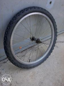 "Prednja felga sa gumom za biciklo,bicikl,20"""