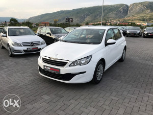 PEUGEOT 308 1.6 eHDI  New Model 2014 GOD