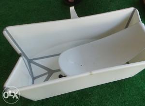 Stokke Flexi Bath kadica sa umetkom za novorodjence