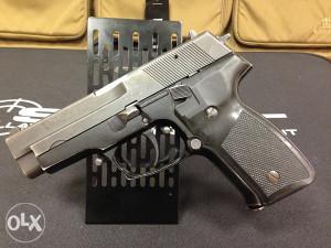 Pištolj CZ 99, kal. 9x19 mm